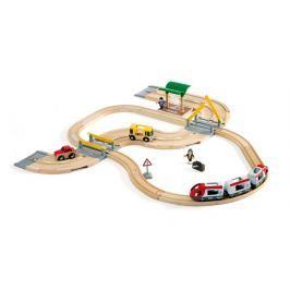 BRIO Vláčkodráha  S osobním vlakem, závorami a silničním přejezdem, 33 dílů