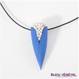 Živé šperky - Náhrdelník Tulipán modrý s trvalými bílými květy