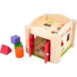 Dřevěná hračka - Motorický domeček hladová housenka